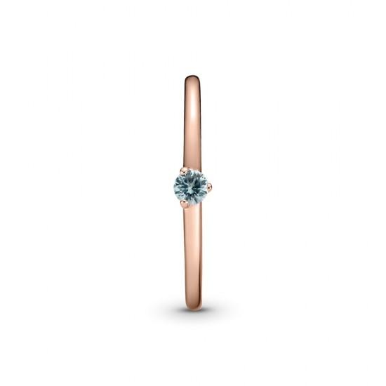 Prsteň - solitér s kameňom v bledomodrej farbe