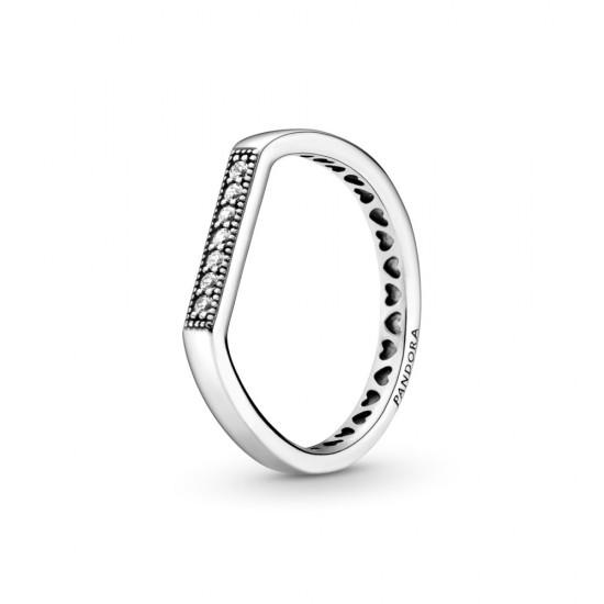 Vrstviteľný prsteň s plochým trblietavým zdobením