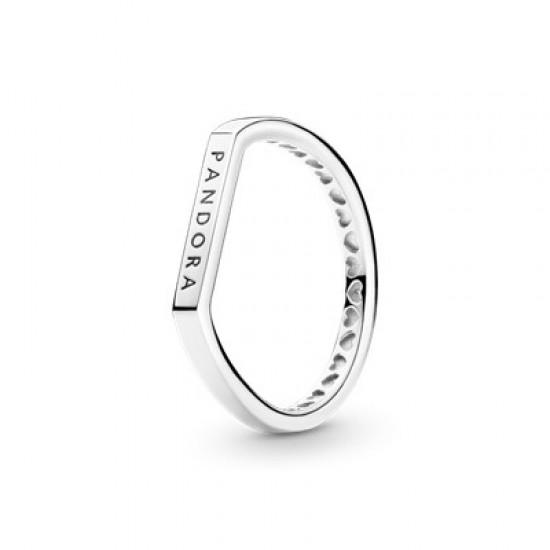 Vrstviteľný prsteň s plochým logom