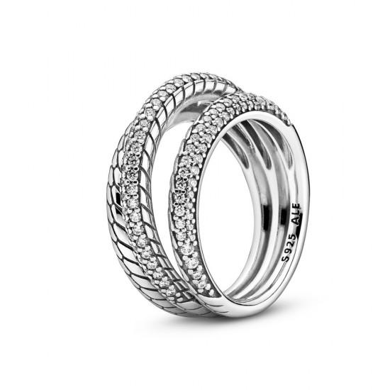 Trojitý prsteň s hadíkovým vzorom a pavé zdobením